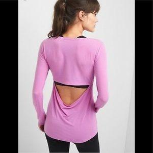 GapFit breathe open back drape LS top-pink/purple